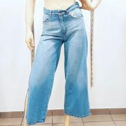 Jean rigido culotte c/tajos