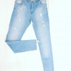 Jeans c/bigotes c/roturas...